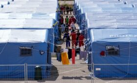 Страны ЕС отказались принять афганских беженцев»/>