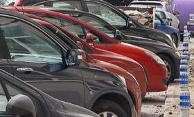Платными парковками в центре Петербурга можно будет бесплатно пользоваться до декабря